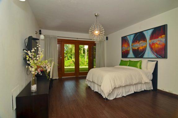 luxury-5BR-Villa-pool (11)