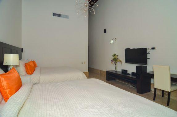 luxury-5BR-Villa-pool (22)