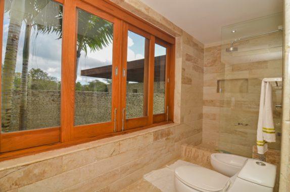 luxury-5BR-Villa-pool (30)