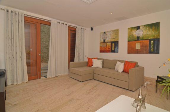 luxury-5BR-Villa-pool (33)