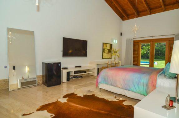 luxury-5BR-Villa-pool (4)