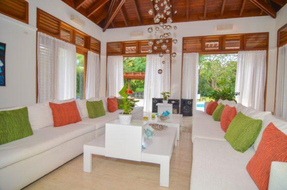 luxury-5BR-Villa-pool (42)