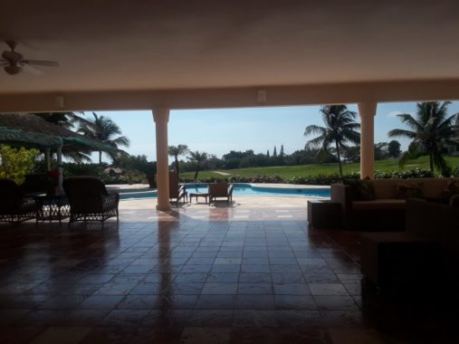 luxury-villa-with-view-golf-pool (2)