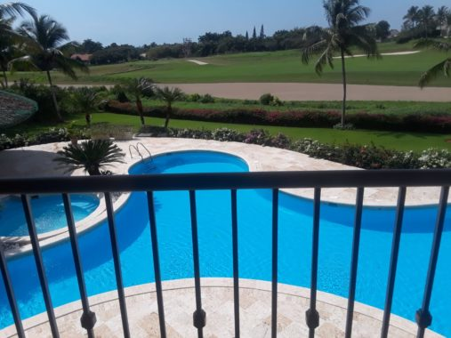luxury-villa-with-view-golf-pool (3)